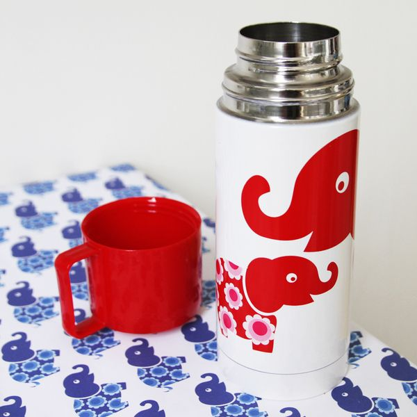 Blafre Kinder Thermosflasche, Red elephant € 29,95 www.frohtag.de