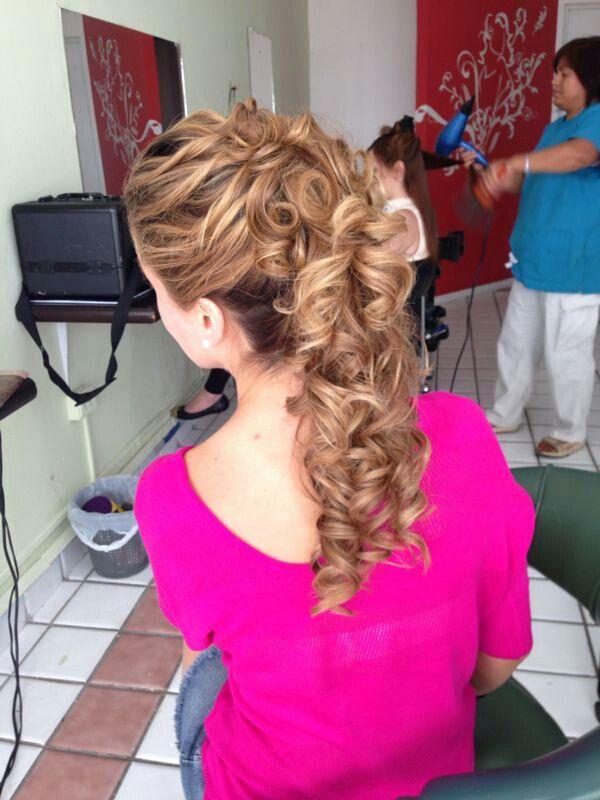 muy bonito peinado recogido con curly cosas que adoro