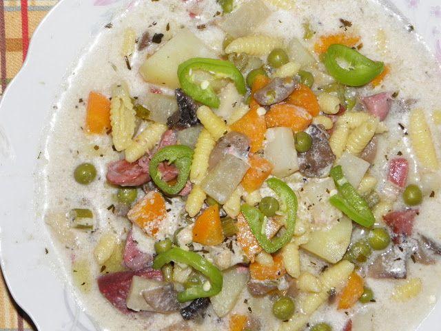 Karcsi főzdéje: Tejszínes zöldségleves kacsazúzával és májjal