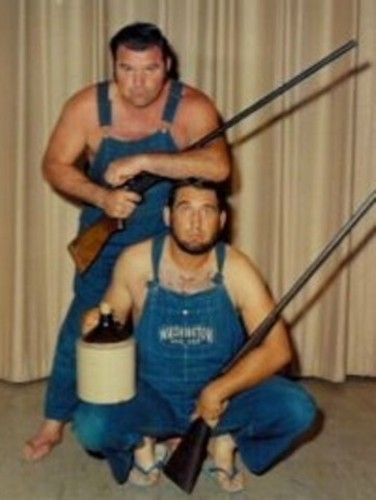 Hillbilly costumes, this would be super easy | diy ...