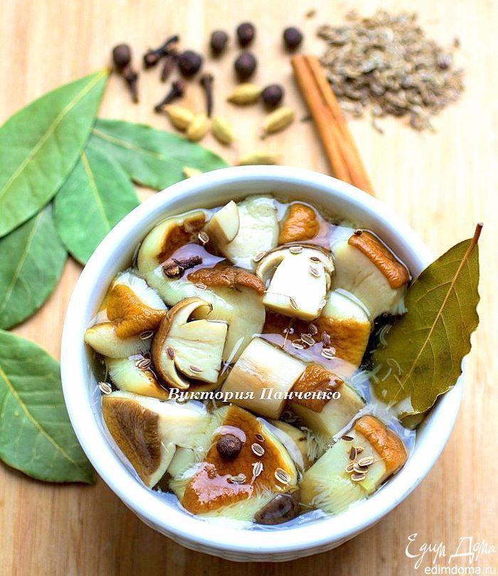 Маринованные белые грибы. Очень вкусная заготовка на зиму! Если вам повезло собрать достаточное количество белых грибов, то обязательно попробуйте их приготовить по этому рецепту. #edimdoma #recipe #cookery #advice