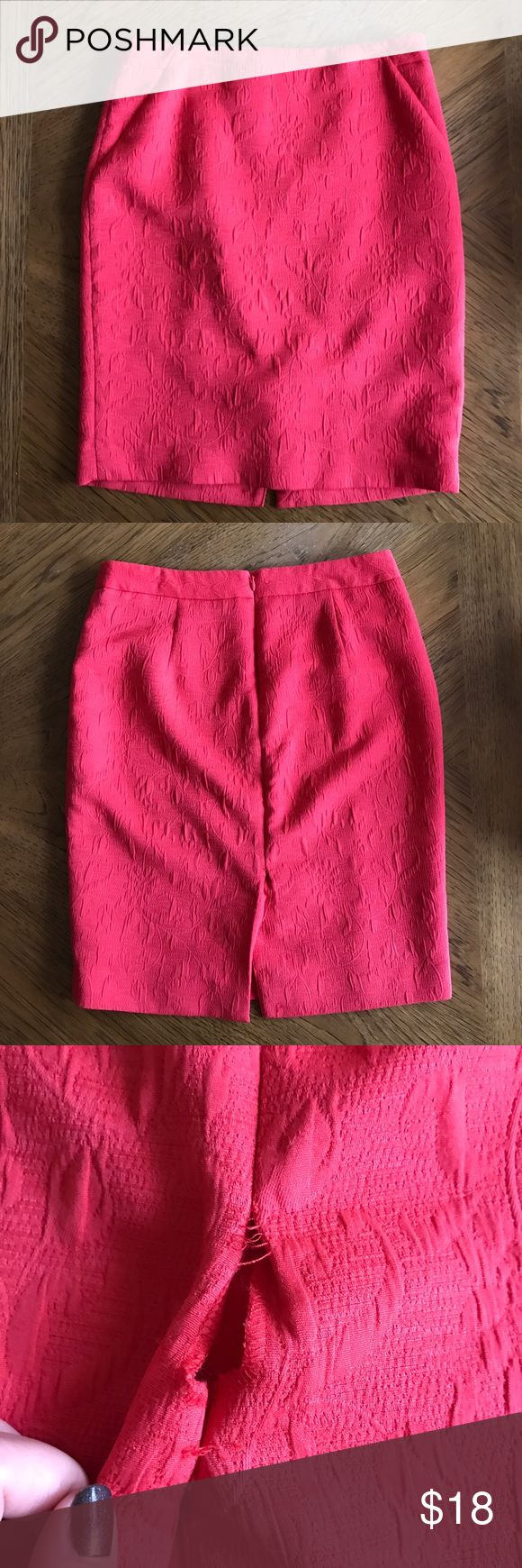 The Limited Coral Pencil Skirt Beautiful, bright deep coral-colored pencil skirt with a lovely design. Slight tear at the slot in the back but could be easily repaired. Zipper in the back of the skirt. The Limited Skirts Pencil