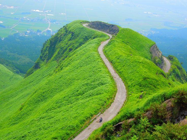 ラピュタの道 Road of Laputa | Kumamoto, Japan