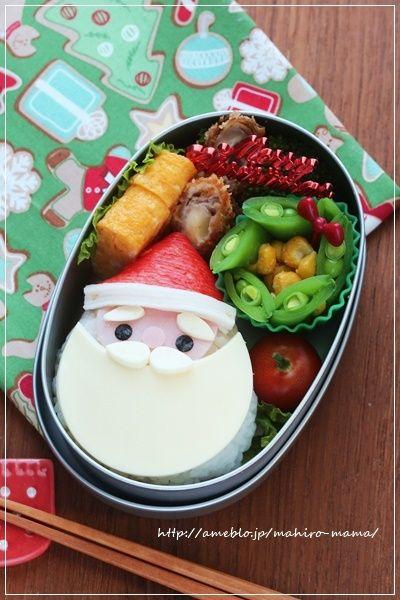 """おはようございます♪近頃、クックパッドに頂くつくれぽに""""今年最後のお弁当""""というフレーズがいっぱいです!もう冬休みに入っている幼稚園もあるようですね。うちの幼…"""