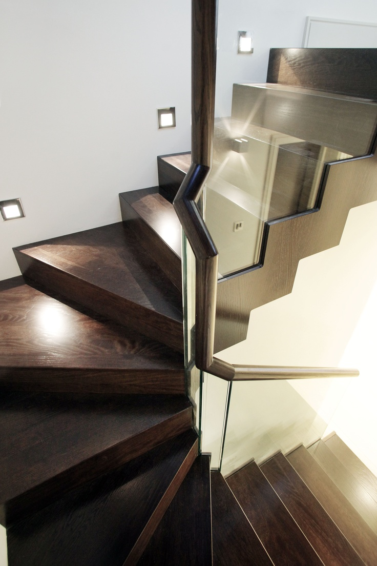 Fulham Mews House   Timber Zigzag Stair