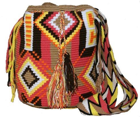 Wayuu Medium Bag Design Rastafari http://www.caritocaro.com/wayuu-medium-bag-design-rastafari/