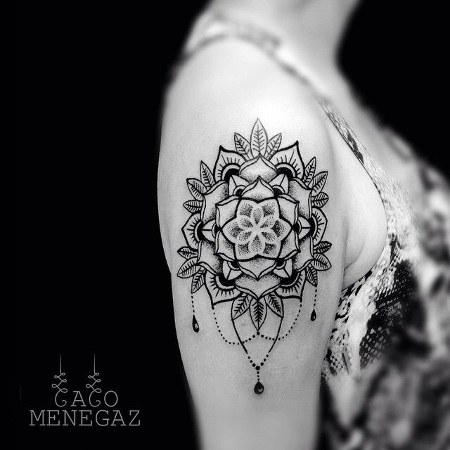 Shoulder tattoo by Caco Menegaz - ornamental tattoo - mandala tattoo - womens tattoo - ink addict - blackwork