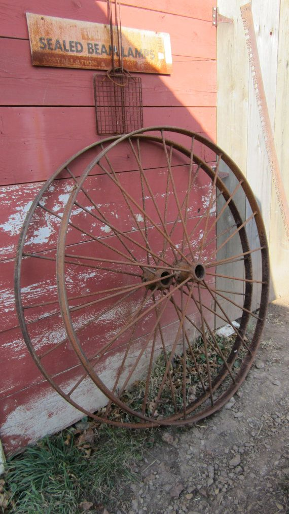 21 best images about wagon wheels on pinterest old for Things to do with old wagon wheels