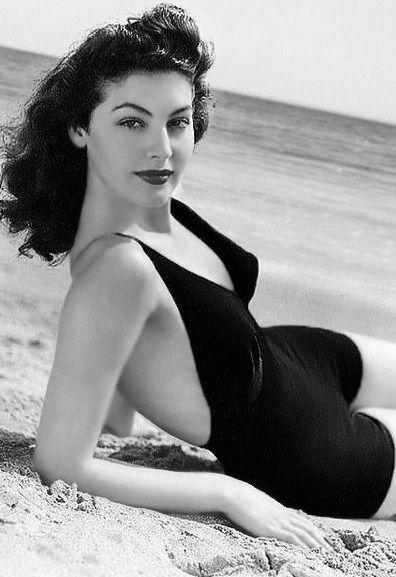 Ava Gardner, early 1940s