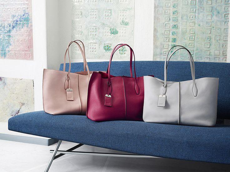 Una gamma cromatica estiva e sofisticata per le Tod's shopping bag ampie e leggere. Con manici sottili, costola centrale in rilievo e tag portanome con dettaglio in metallo logato.