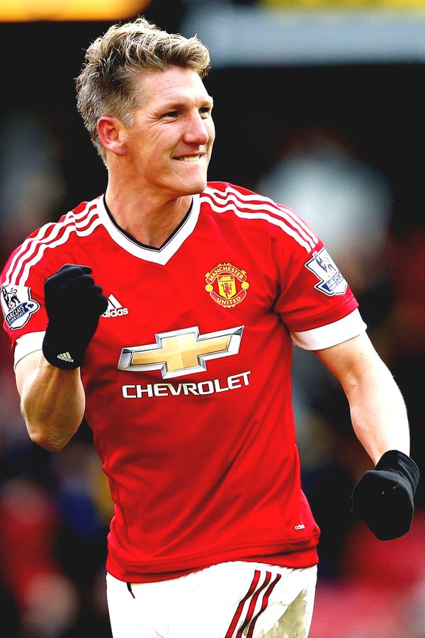 Bastian Schweinsteiger one of my all time favorite players. Finally back with the Man United first team. A legend and pure class player.