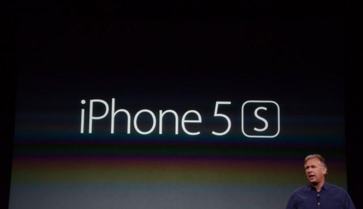 Vezi FOTO in articol cu iPhone 5S care costa 5.500 de dolari