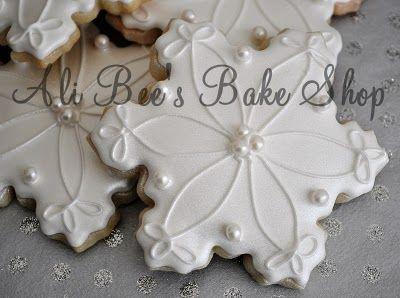 Ali Bee's Bake Shop: Let It Snow! Let It Snow! Let It...