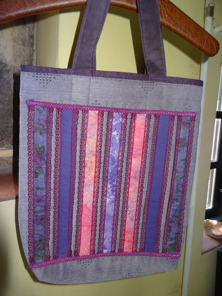 Lilac string bag