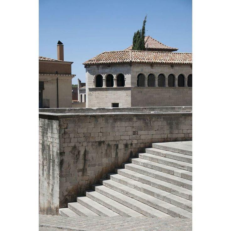 Catedral. Girona. July 2017. #architecture #catedral #cityphotography #catalonia #girona #igerseurope #landscape #ok_europe #picoftheday #stairs #streetphoto #travel #travelphotography #travelphoto #travelstagram #trip #tripgram #urban #urbanpic