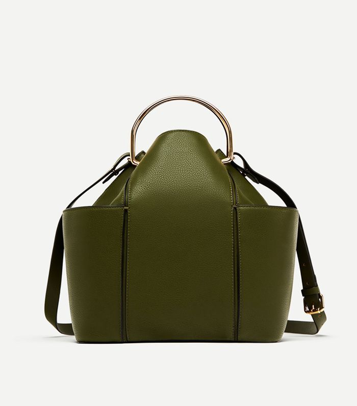 Zara's best handbags are the ones that look expensive but aren't. To locate these brilliant styles, we did the massive trawl for you.