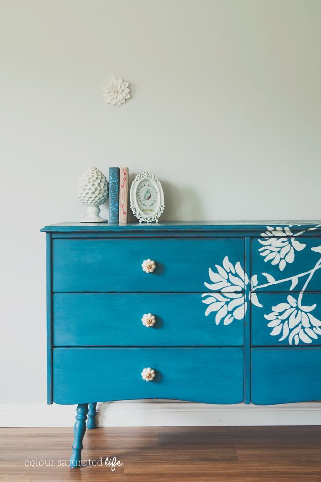 A creative collection of fabulously unique painted furniture makeovers.