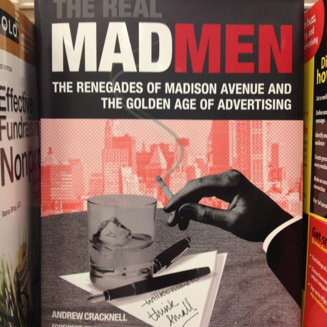 Aquí un libro de publicidad inspirado en la maravillosa serie Mad Men