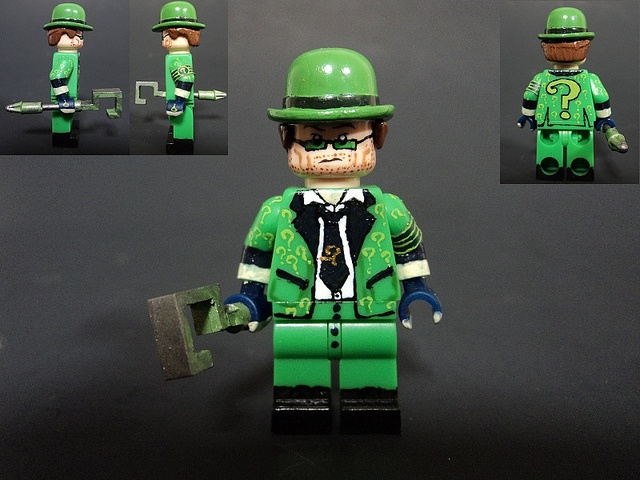 Incredeble Batman:Arkham City Riddler custom lego figure