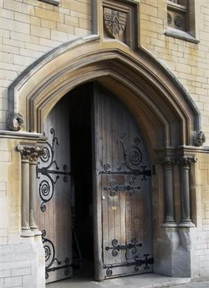 Entrance to Balliol College, one of Oxford University's oldest self-governing colleges  halls. Balliol (pronounced Bailey'l with emphasis on the first syllable) College was founded in 1263.