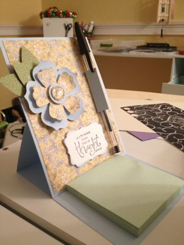Under Construction 6/1/13 post - how cool is this? a Post-It Note easel card!