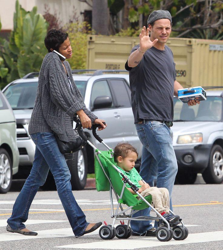 Justin Chambers Keisha Chambers Photos: Justin Chambers And Family Shopping In Santa Monica