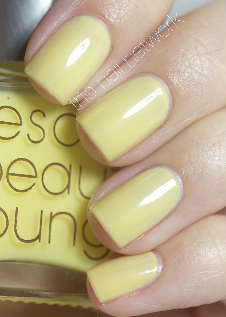 """Rescue Beauty Lounge """"Square Pants"""" (Spongebob Collection) -- totally need this in my life <3"""