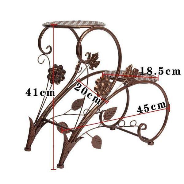 23 idei pentru suporturile din fier forjat care evidentiaza gradina