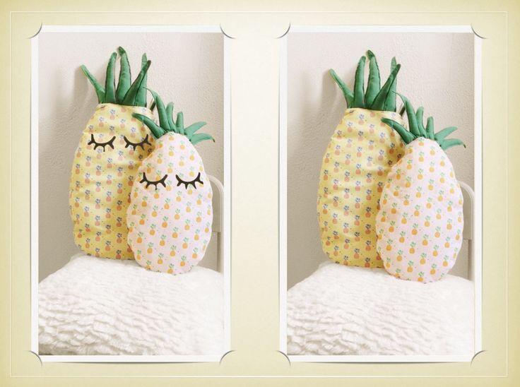 Coussin ananas, coussin deco, deco chambre enfant, deco chambre bébé, coussin fun, coussin coloré de la boutique mlfabric sur Etsy