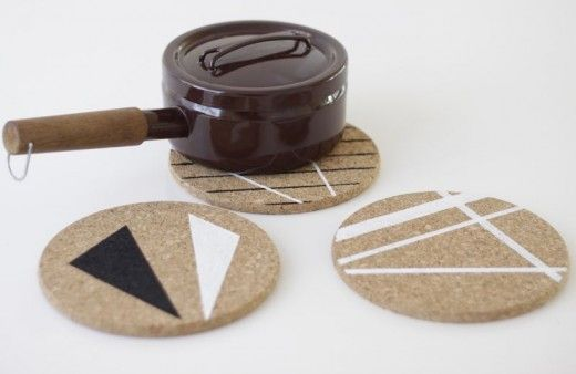 Painted cork trivets -- super easy #DIY idea (you can snag cork like this at craft stores and even Ikea)!