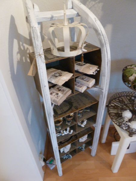 Originelles Shabby-Schlitten Regal (Sledge Shelf)