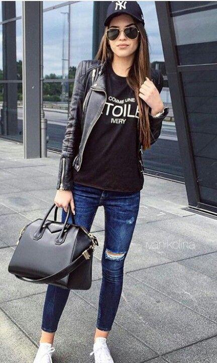 Street style. Jeans  & Cuero. Visita mi blog elultimodiademivida.com