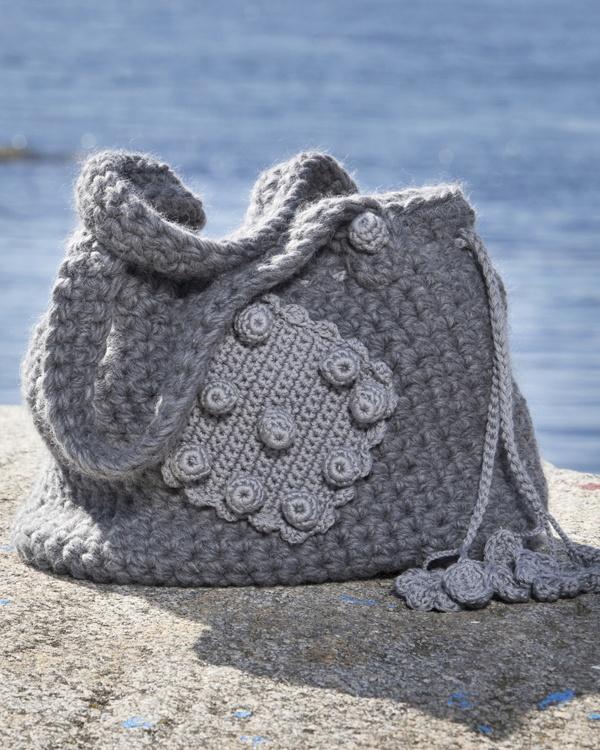 Stickat väska #knittingroom #garn #inspiration