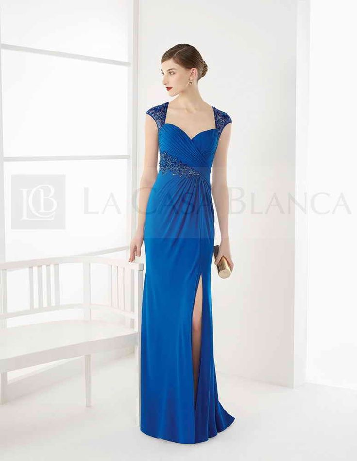 Precioso #MaxiDress de Rosa Clará en azul eléctrico que hace resaltar las pieles más palidas ¡Es tan elegante y exclusivo!  ❤ Encuéntralo en www.lacasablanca.cl colección Couture Club by Rosa Clará  ❤  #Madrina #Novias #Wedding #Love #Marriage #LCB #Gala #Princesa #Princess #Dress #Sueño #Vsco #Vscocam #Happy #Brides #Groom #Estilo #Tendencia #Moda #Love #HappyDay #Eldíamásimportante #AmorEterno