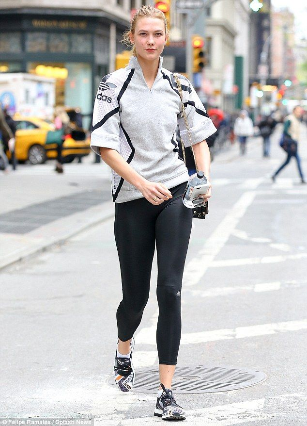 Karlie Kloss ootd gym ala artis hollywood