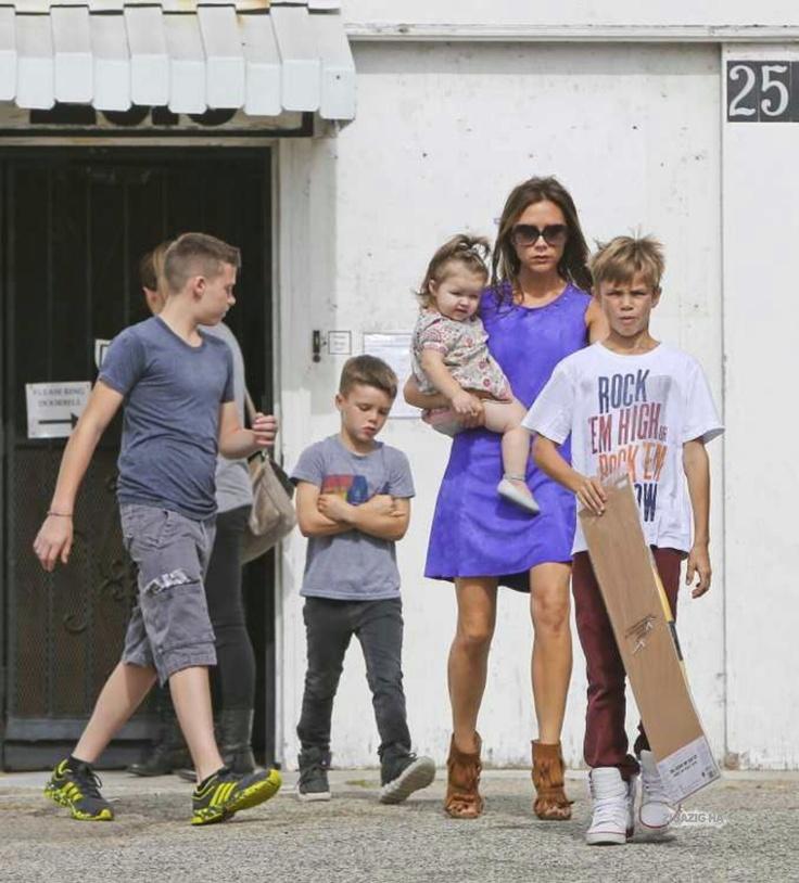 Victoria tiene cuatro hijos junto a su esposo David Beckahm y parece no agotarse