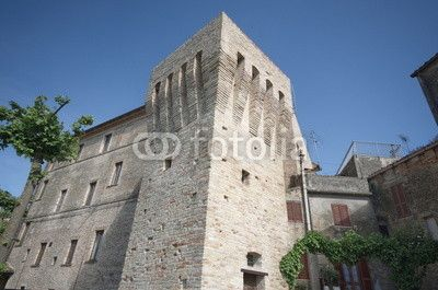 Acquaviva Picena, tower outside the fortress