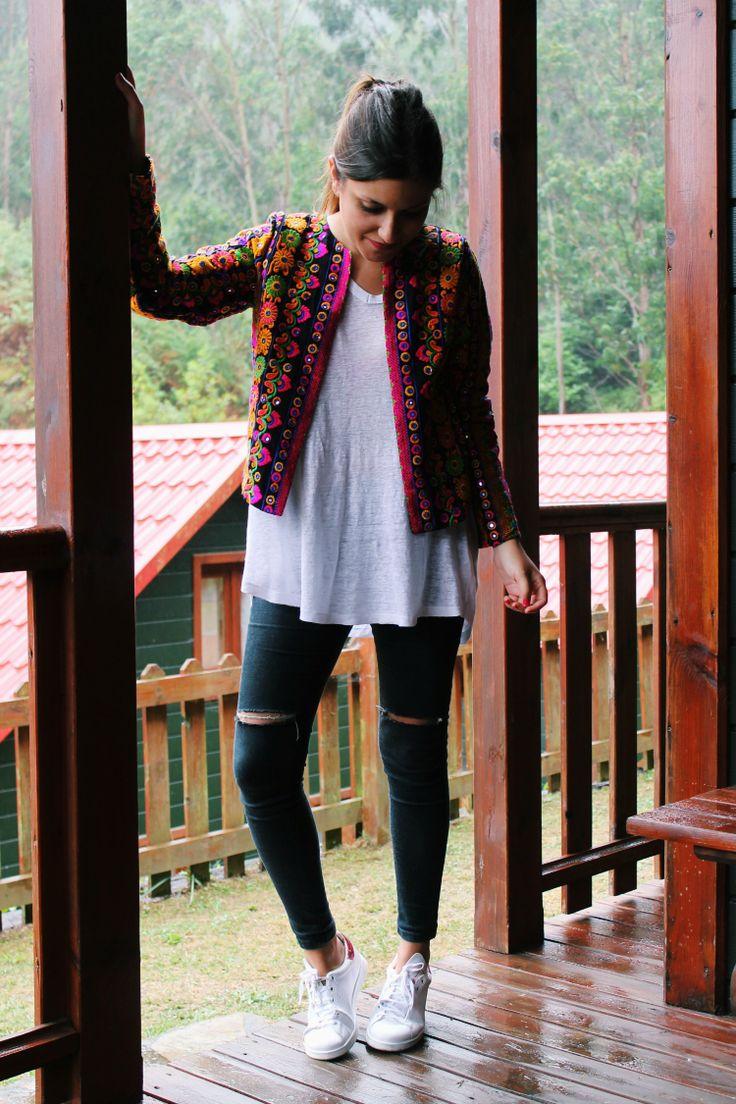 chaqueta étnica zapatillas blog de moda