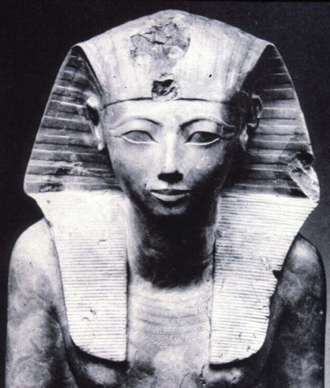 an introduction to the history of hatshepsut the first female pharaoh of egypt Queen hatshepsut, egypt's first female pharaoh queen hatshepsut, egypt's so the widow queen hatshepsut became regent of egypt and decided to rule for a while until the legitimate infant the trade expedition to punt was the first depiction of sub-saharan africa in the history of.