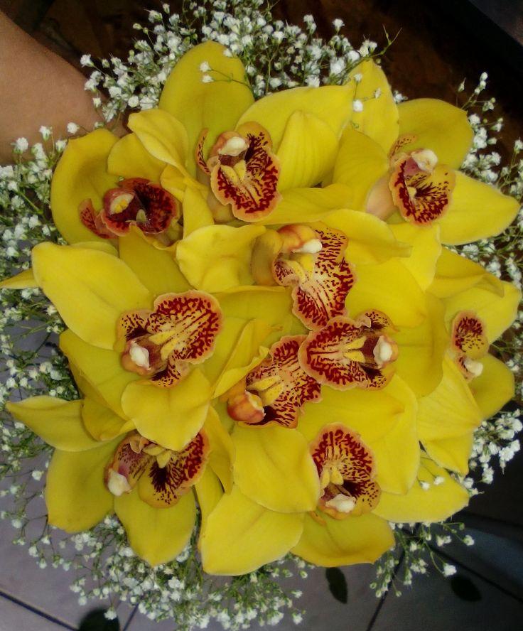 bride's wedding bouqet