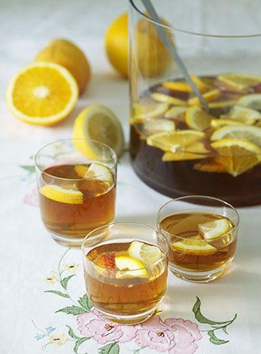 Hvit sangria - spansk hvitvin og brandy - Oppskrift