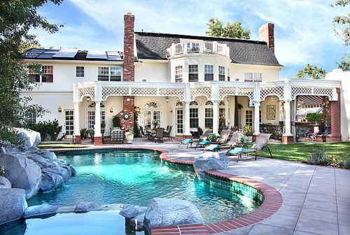 .: Future Houses, White Houses, Dreams Home, New Houses, Dreams Houses, Dreams Backyard, Future Husband, Country Home, Pools