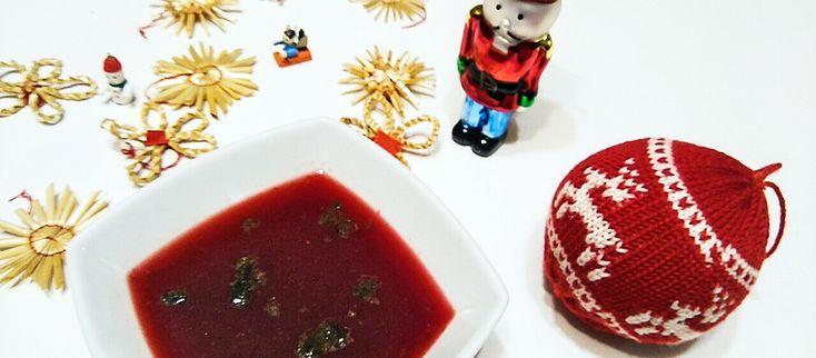 Poľský vianočný barszcz (boršč) Boršč je klasická poľská polievka a takisto je posledným chodom na poľskej svadbe a práve preto svadobných hosti v Poľsku delia na tých, ktorí dočkali boršč a tých, ktorí to nedali ;) #recept #borsc #barszcz #repa #vianoce