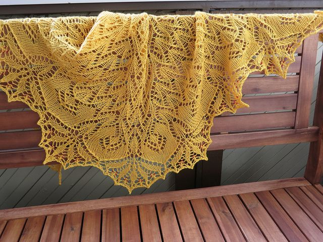 FREE Ravelry Golden Orchids knit lace shawl