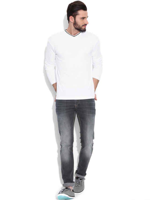Dream of Glory Inc.White Self-Striped T-shirt