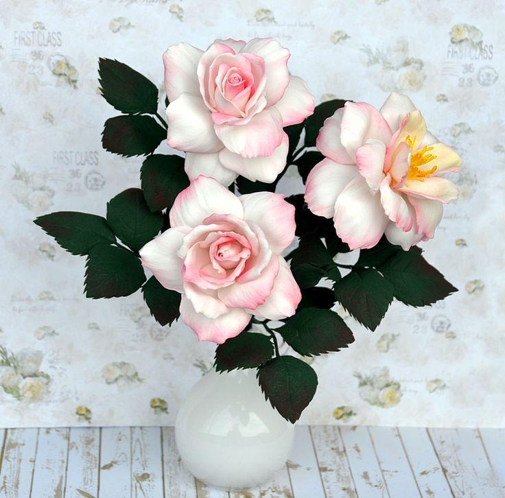 Foamiran flowers, roses. Róże z foamiranu.