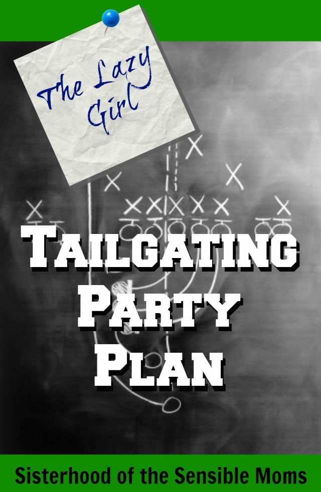 A tailgating menu so easy and quick, you'll want these recipes for weeknights too! Buffalo Chicken Dip, Healthy Cole Slaw, Crockpot Pulled Pork | Party Plan | Sisterhood of the Sensible Moms