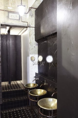 17 best ideas about steampunk bathroom on pinterest for Steampunk bathroom ideas