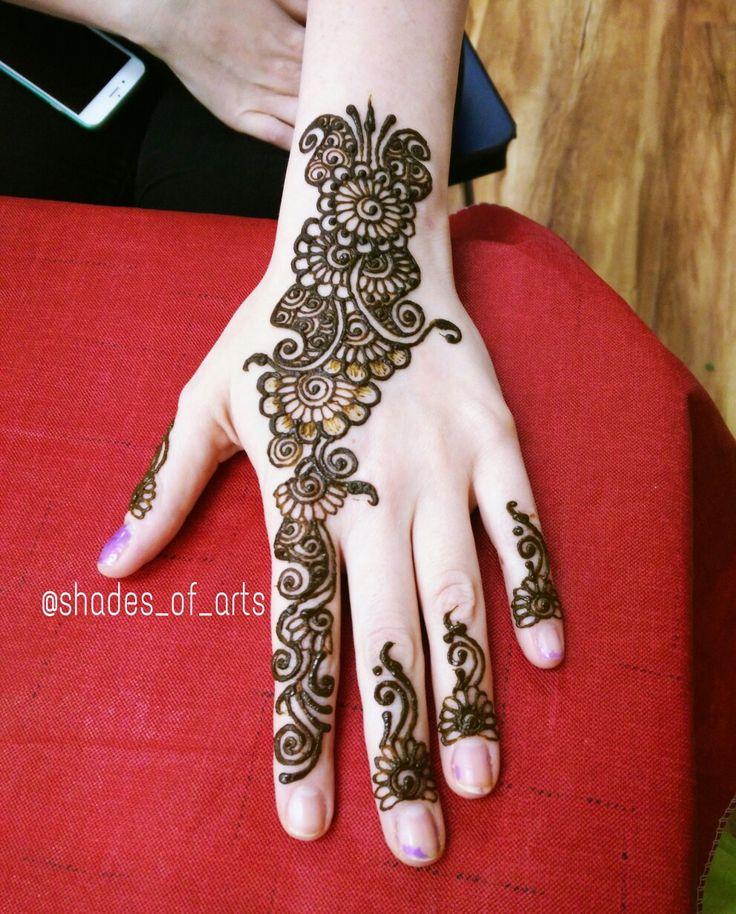 Shades of Arts by Vidya - arabic henna design!! Love the fine detailing and swirls.