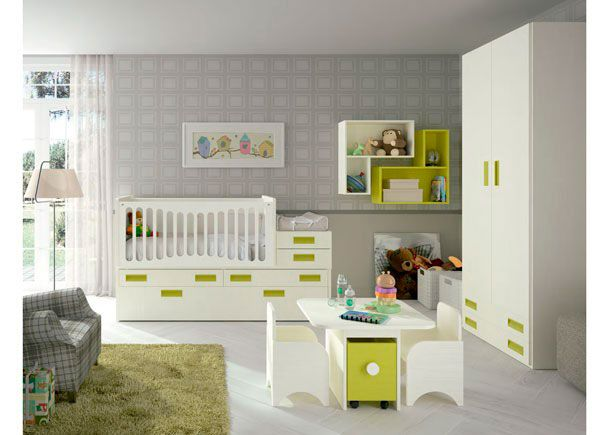 Dormitorio para bebé: Cuna convertible modelo COMPACT   Dormitorio para el bebé equipado con Cuna convertible modelo COMPACT en tonos Nieve y Verde